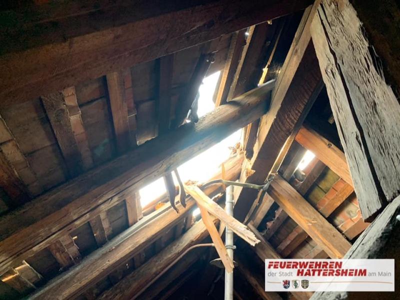 Schaden am Dachsuhl von Innen betrachtet