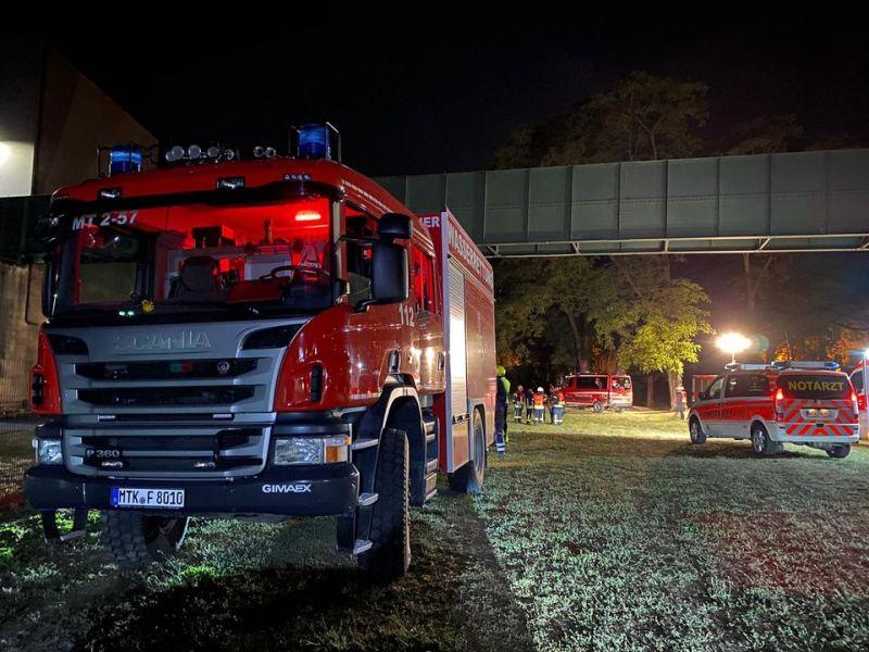 Einsatzstelle Autobahnbrücke Eddersheim