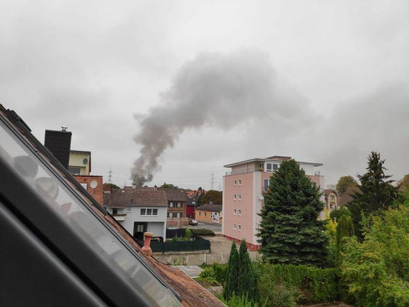 Rauchsäule über Hattersheim