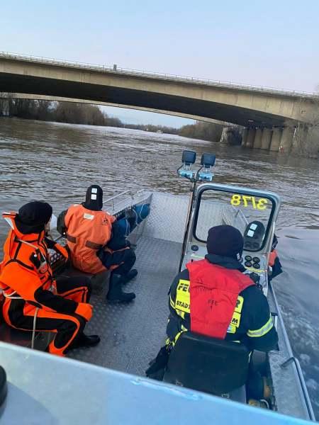 Feuerwehrboot der Feuerwehr Eddersheim